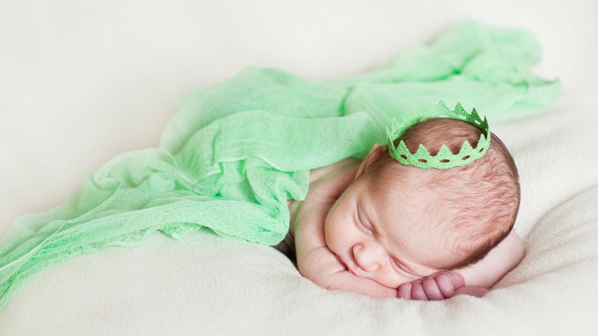 Sara – sesja noworodkowa