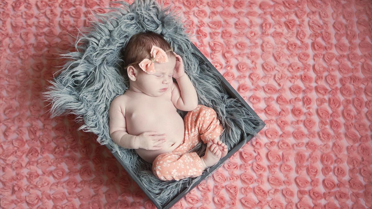 Hania – fotografia noworodkowa