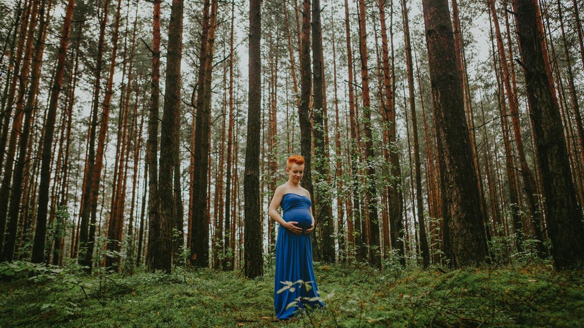 Kamila i Sławek – sesja ciążowa w studio i plenerze