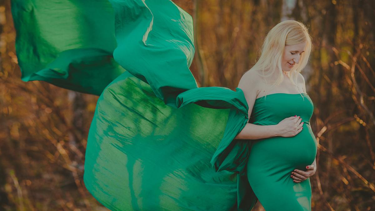 Marta i Rafał – sesja ciążowa studyjno plenerowa