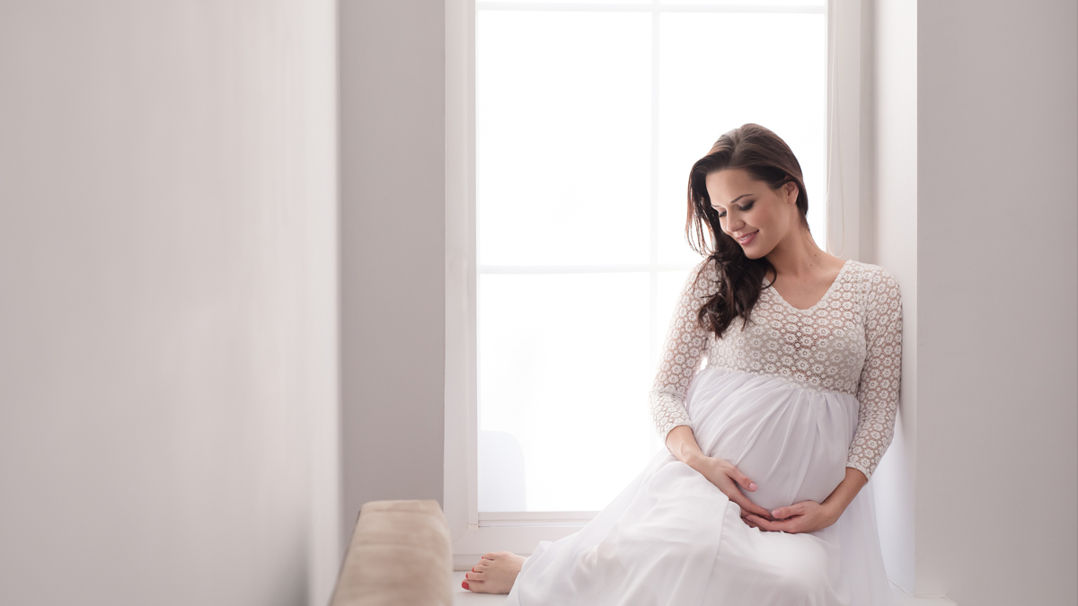 Natalia – domowa sesja ciążowa, Białogard