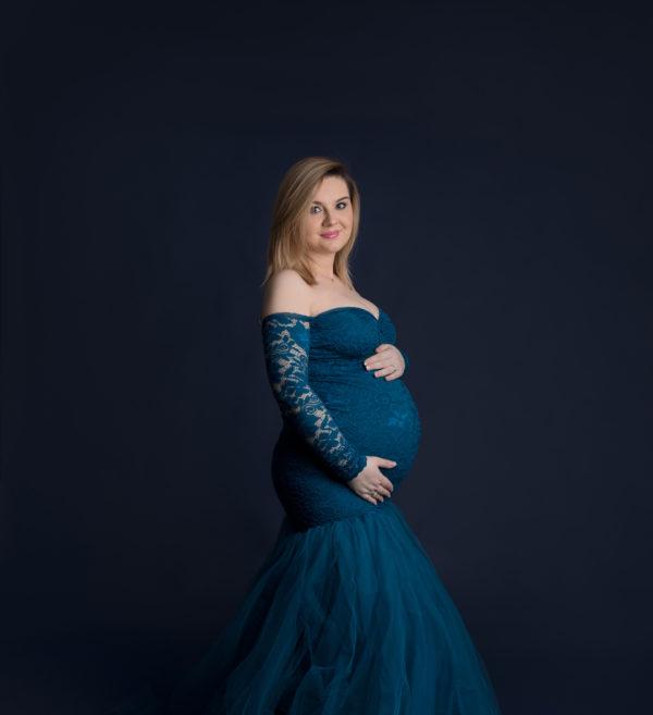 Ania - kolorowa sesja ciążowa w studio
